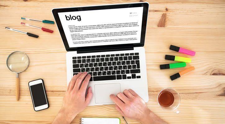 Posts patrocinados en blogs y prensa Web Hosting
